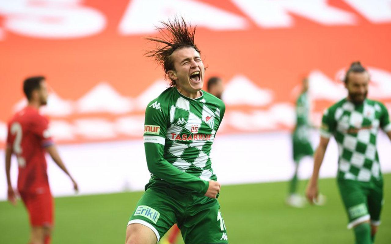 Bursaspor'un genç yeteneği Ali Akman, gollerine devam ediyor