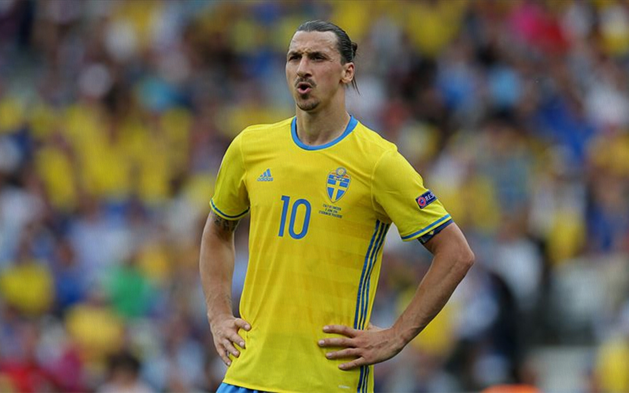 Zlatan Ibrahimovic'ten milli takıma dönüş sinyali