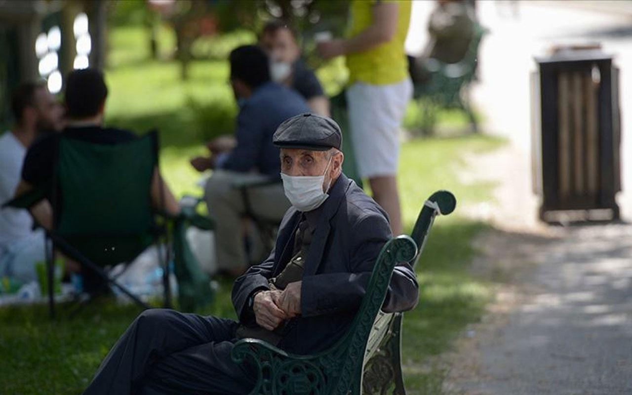 65 yaş üstü vatandaşlara sokağa çıkma yasağı geldi! Valilik açıkladı