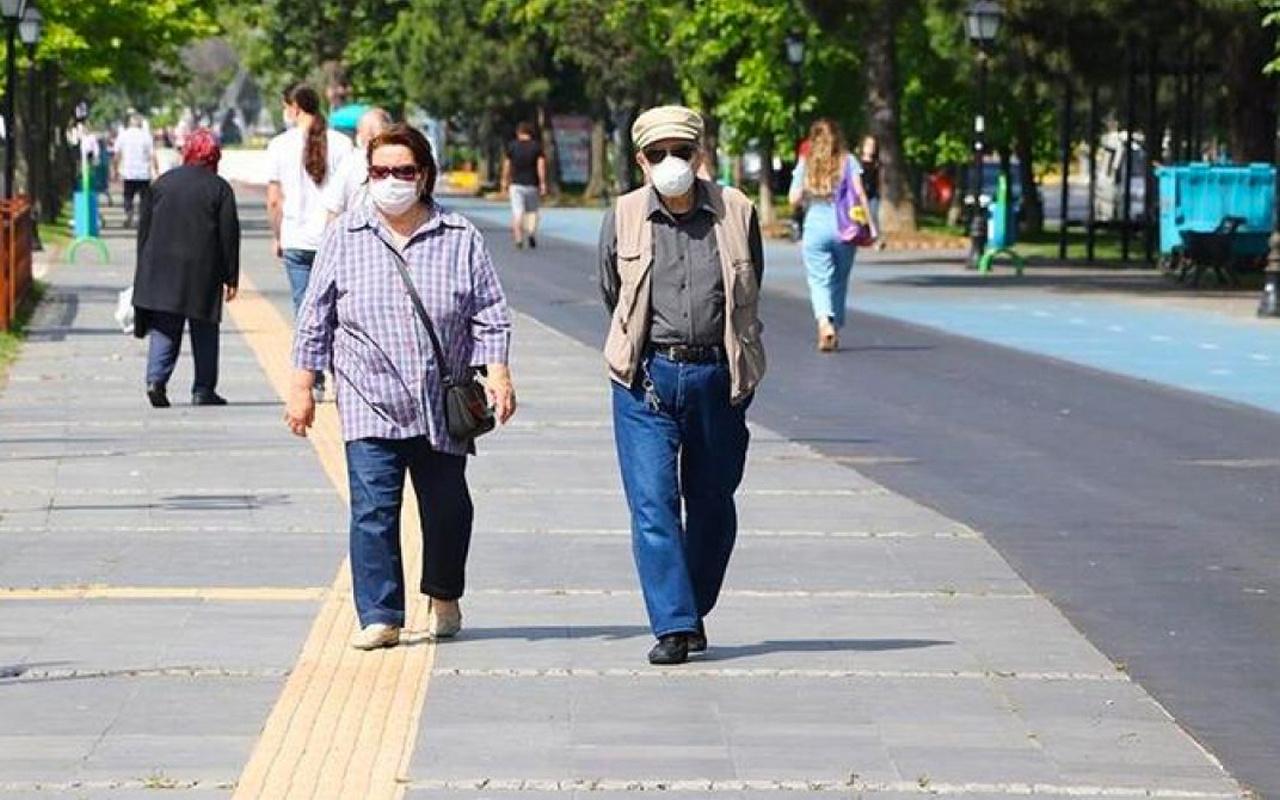 Son dakika Bursa'da 65 yaş ve üzerine sokağa çıkma yasağı geldi