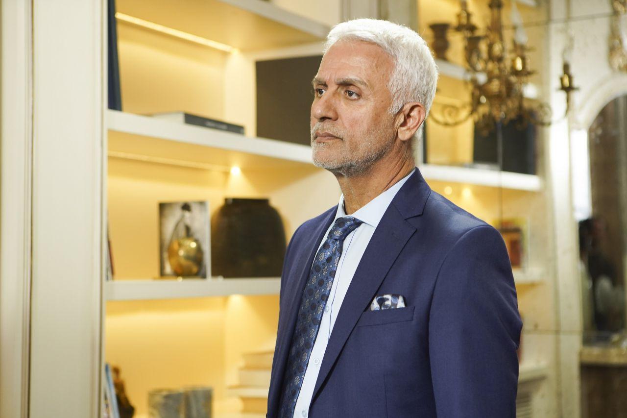 FOX TV'de Yasak Elma'nın başrolü Talat Bulut vedasıyla olay oldu diziyi bıraktı