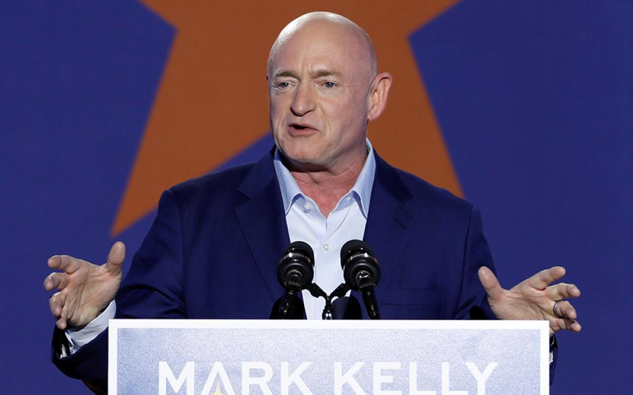 ABD'de emekli NASA astronotu Mark Kelly Senato'ya girdi