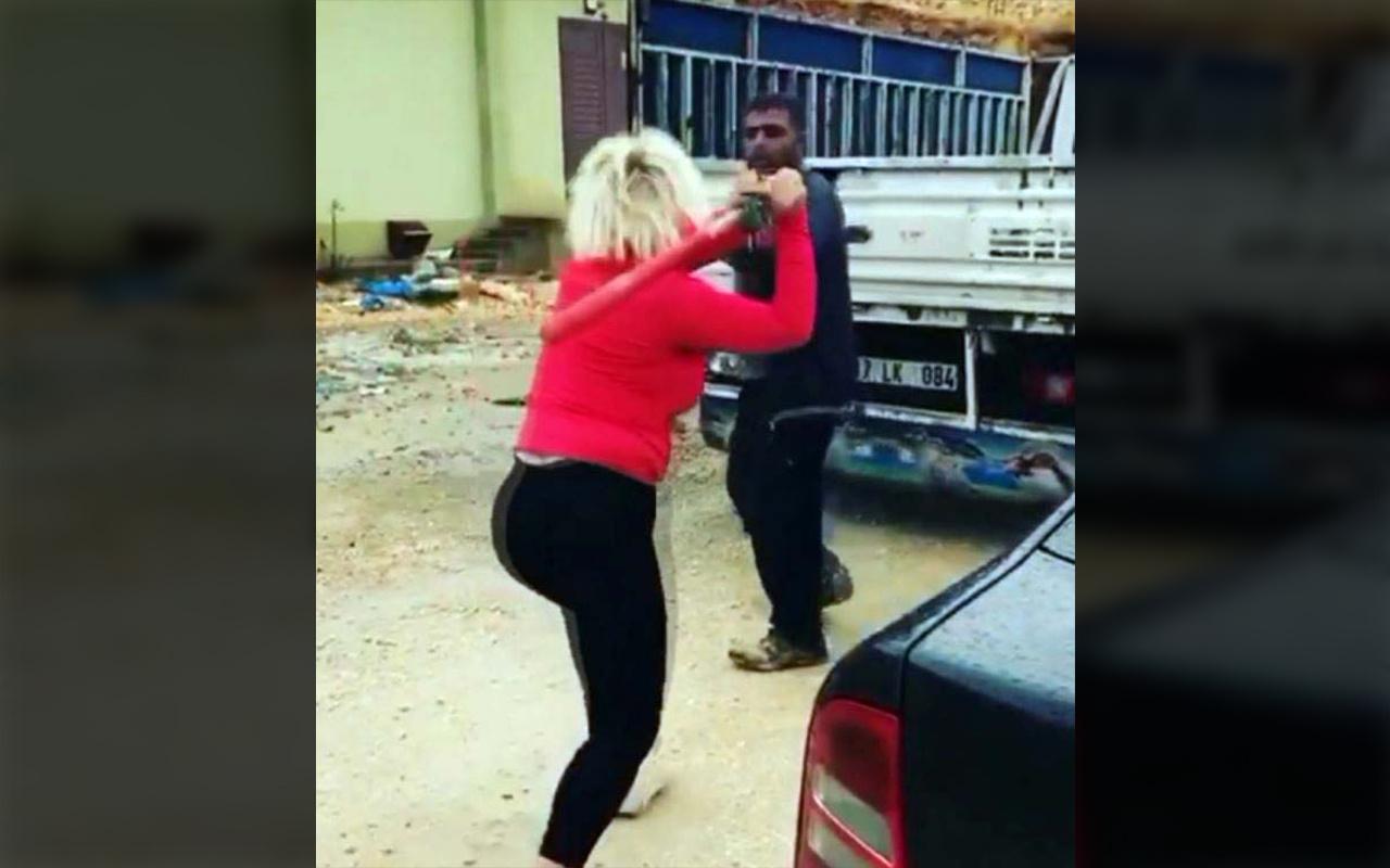 Gaziantep'te hayvansever kadın köpek mamalarını çalan kişiyi beyzbol sopasıyla dövdü