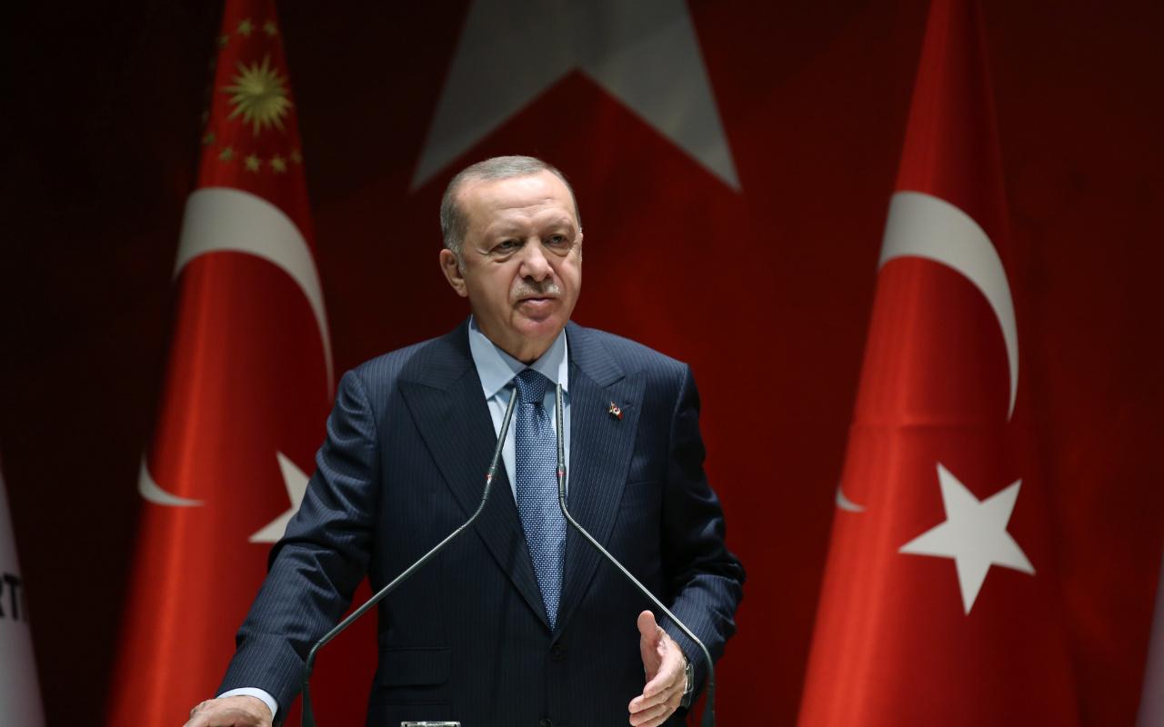 Erdoğan'dan İzmir depremi açıklaması: Bir ay içinde konutların yapımına başlayacağız