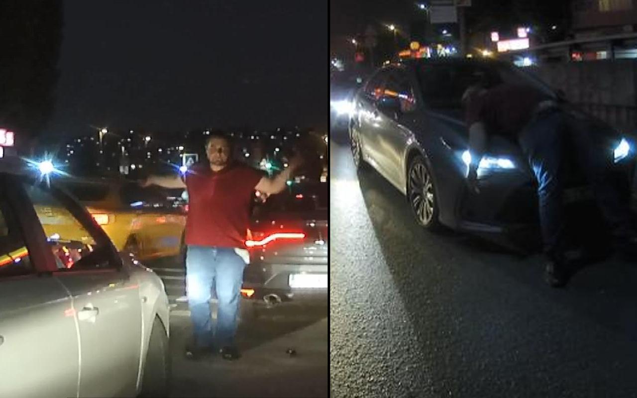 İstanbul'da trafikte bu kez yanlış kişiye çattı! Feci şekilde dayak yedi