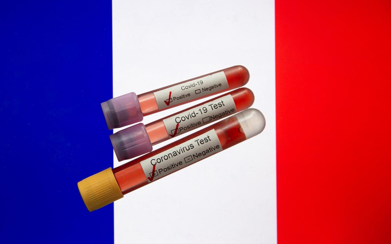 Fransa'da sahte koronavirüs test sonucu satan şebeke çökertildi