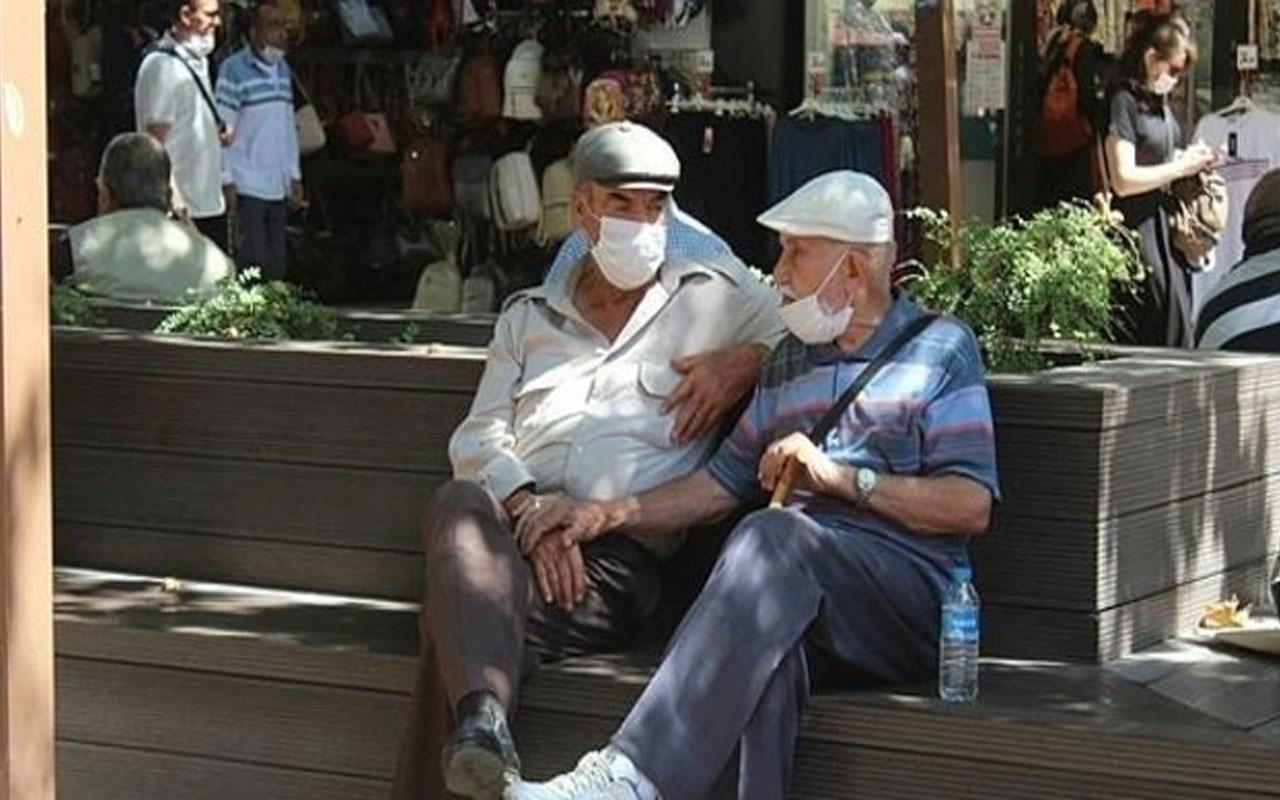 İstanbul'da 65 yaş üstüne sokağa çıkma kısıtlaması geldi! İşte sokağa çıkış saatleri