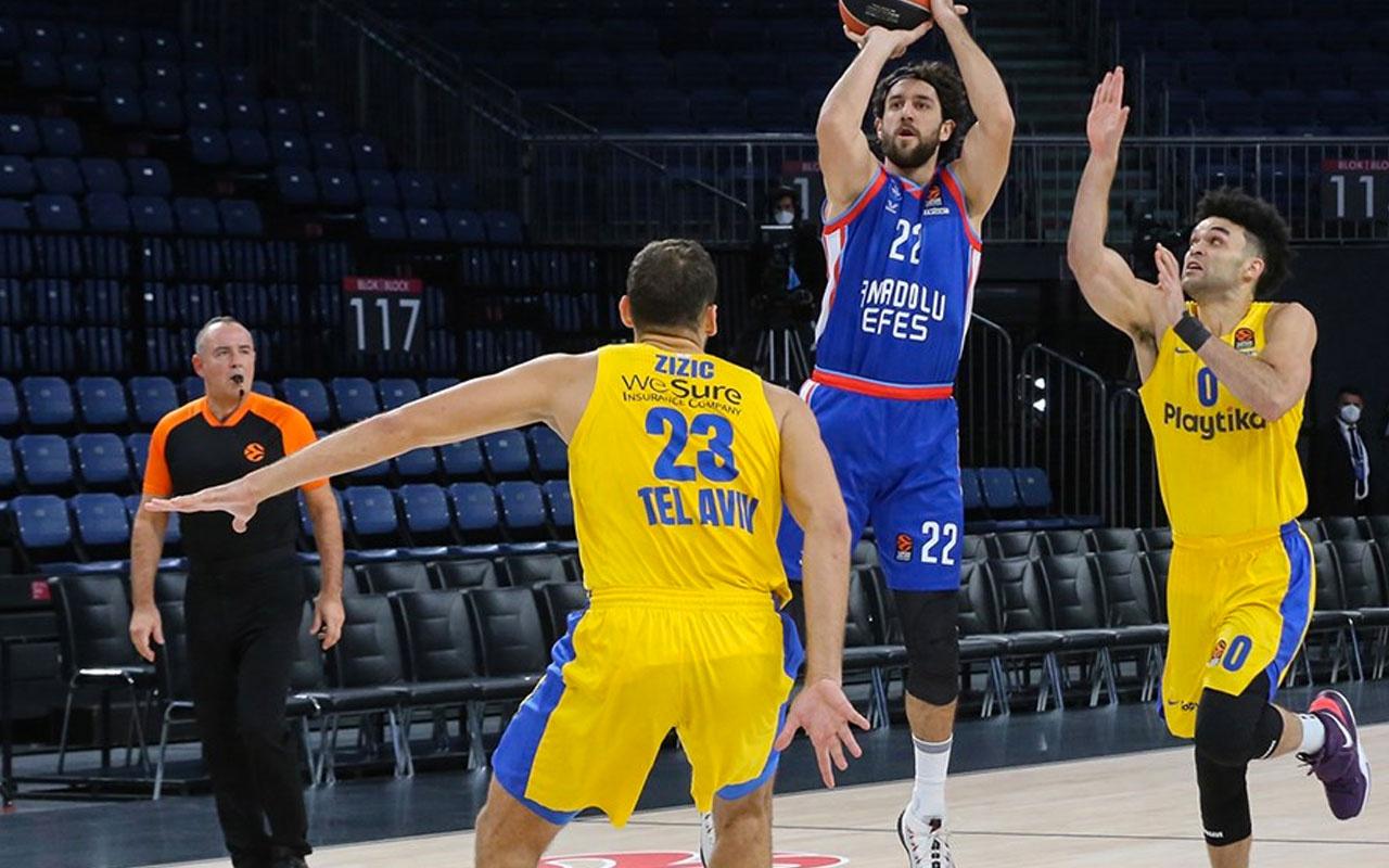 Anadolu Efes, sahasında Maccabi'yi mağlup etti