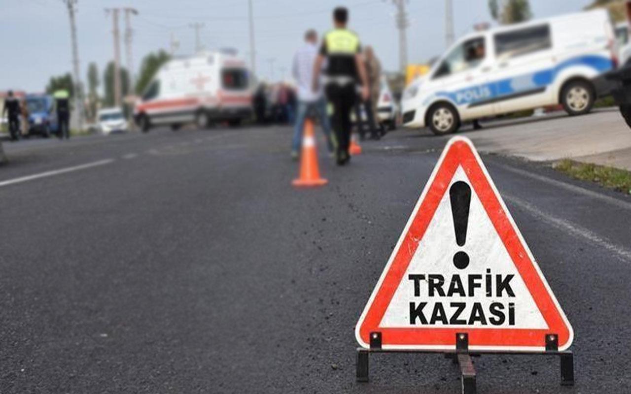 Kars'ta feci kaza! Otomobil ile kamyonet çarpıştı: 7 yaralı var