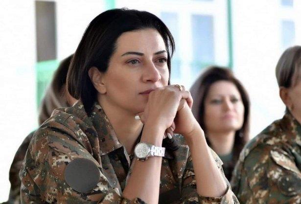 Paşinyan'ın eşi kadın asker yetiştiriyor! Karabağ'da çatışacaklar