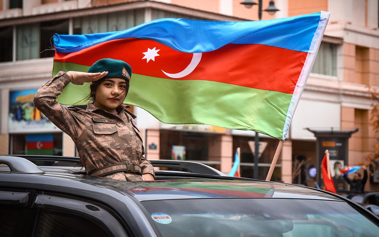 Azerbaycanlılar Şuşa'nın işgalden kurtarılışını coşkuyla kutladı