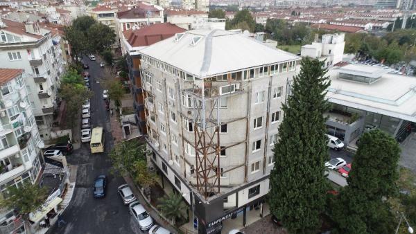 İstanbul'daki bu binaya bakan herkesin midesi bulanıyor! Çay bardağındaki kaşık oynamıyor
