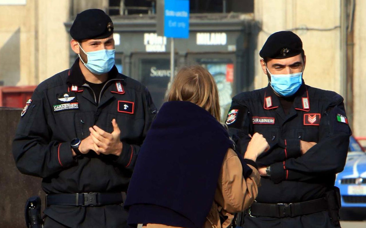 Gidişat iyi değil! İtalya'da günlük Covid-19 vaka sayısında yeni rekor