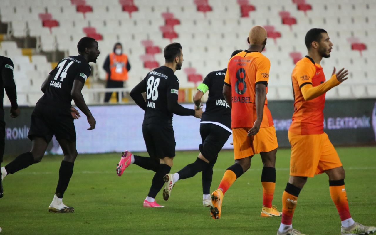 Sivasspor Galatasaray maçı sonrası ilginç çıkış: Bir penaltı daha vardı