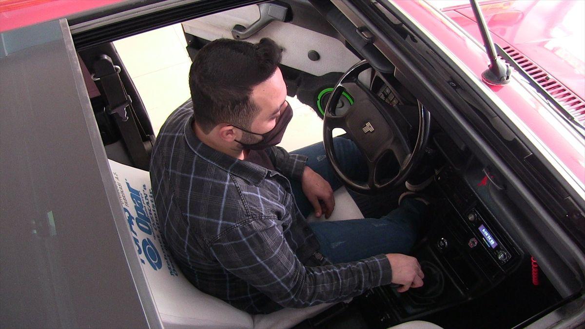 Kahramanmaraş'ta 7 bin liraya satın aldığı hurda aracı yenileyip 70 bin liraya sattı