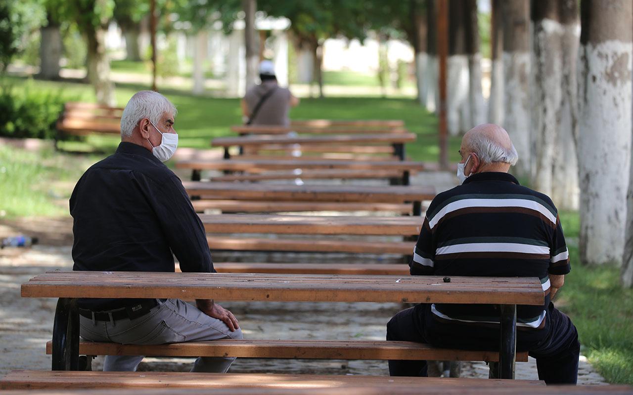 İstanbul ve Ankara başta olmak üzere 17 şehirde 65 yaş üstüne sokağa çıkma yasağı geldi