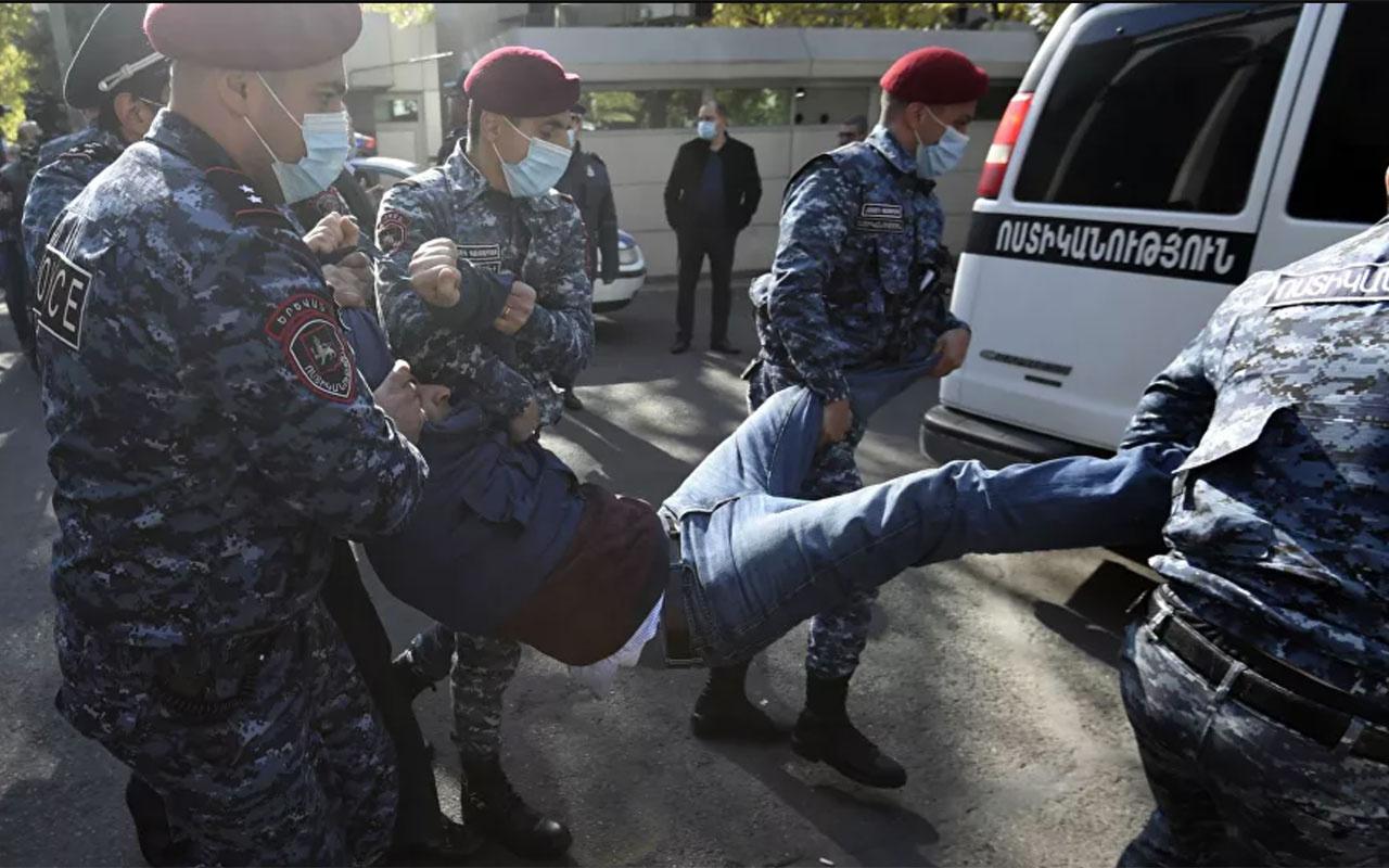Ermenistan'da polisle Başbakan Paşinyan karşıtları arasında çatışma çıktı