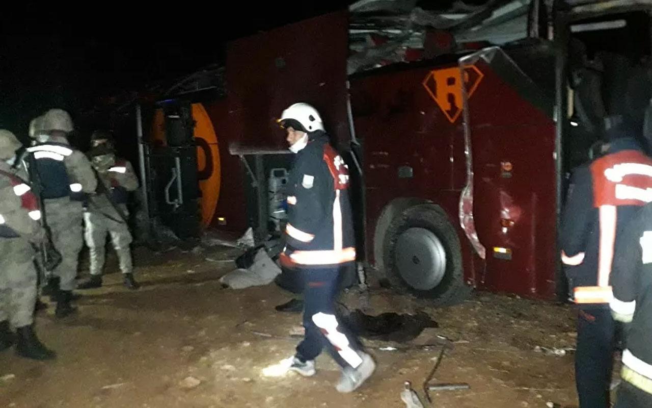 Şanlıurfa'da otobüs şarampole devrildi: 32 yaralı var