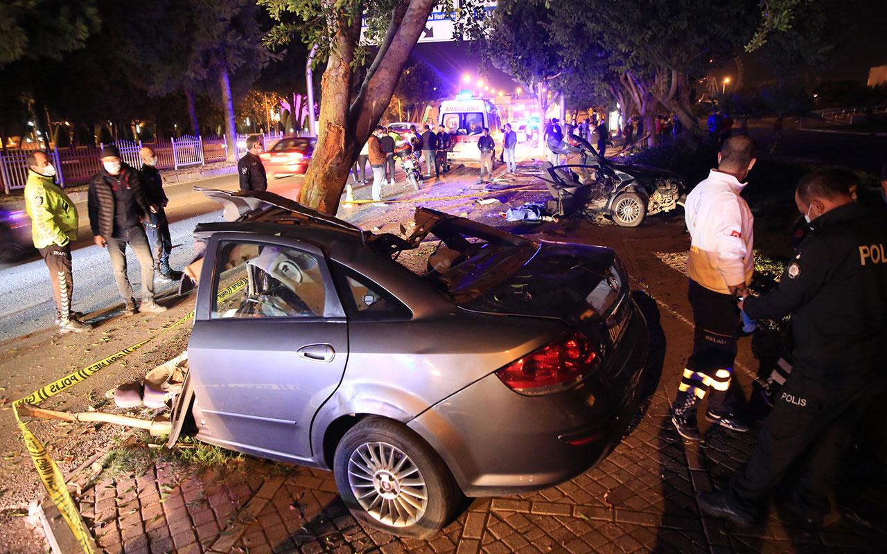 Antalya'da 'makas' faciası! Araç ikiyi bölündü bir kişi feci şekilde öldü