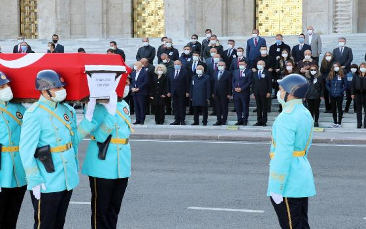 Kemal Kılıçdaroğlu eski milletvekili İlhami Çetin'in cenaze törenine katıldı