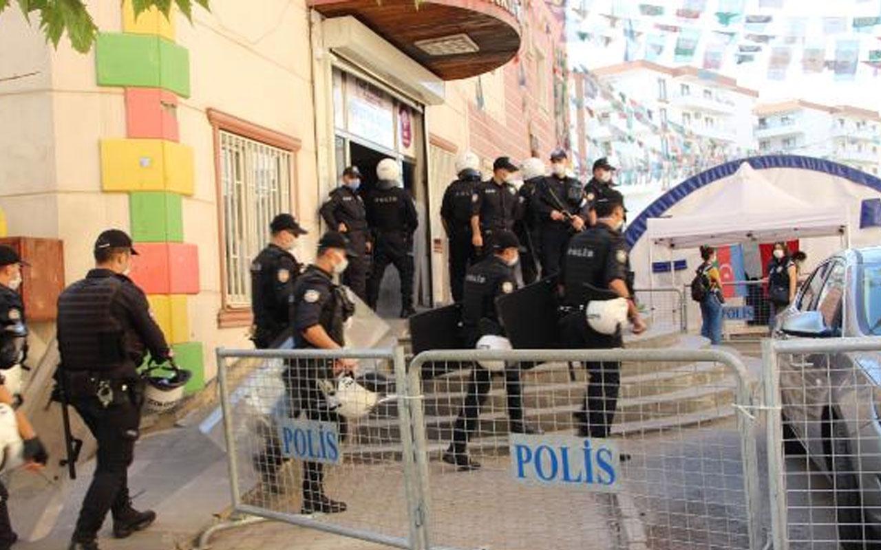 HDP binasında bulunan ajanda! Birçok saldırının faili teröristlerin ve yakınlarının bilgileri çıktı