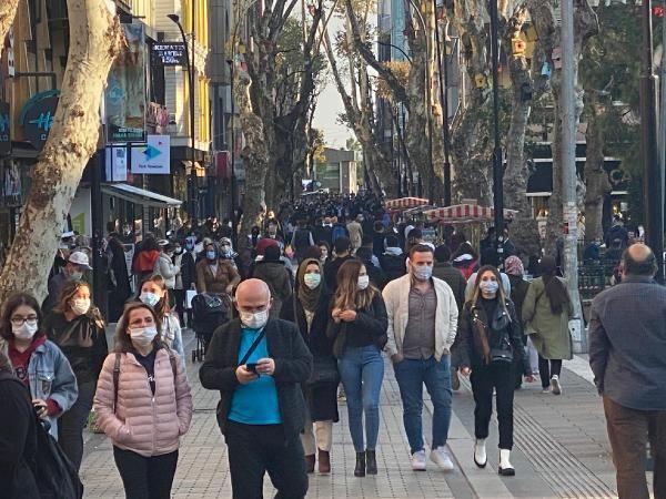 Koronavirüs tedbiri! İstanbul ve Ankara dahil 32 şehirde 65 yaş üstüne sokağa çıkma yasağı geldi