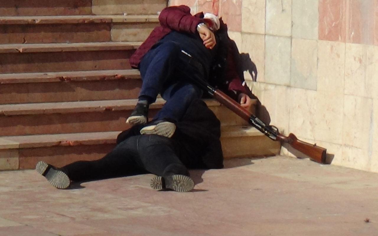Bilecik adliyesi önünde kanlı saldırı! Duruşma sonrası eşiyle kayınpederini vurdu