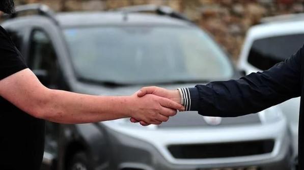 Otomobil fiyatları yüzde 10-15 oranında düşecek! Sektör temsilcileri tarih verdi