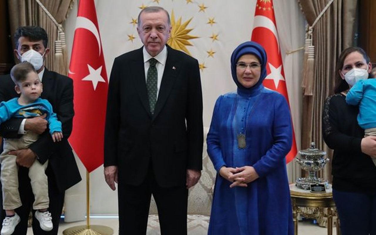 Erdoğan Dr. Owase Jeelani ve ameliyatlarını gerçekleştirdiği siyam ikizlerini kabul etti