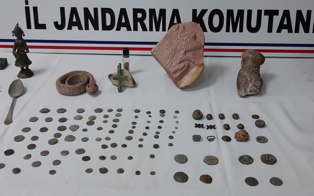 Bursa'da hayatının hatasını yaptı! Tarihi eserleri çok yanlış kişiye satmaya çalıştı
