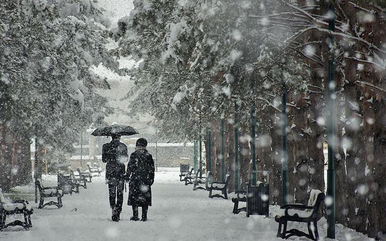 Sıcaklık düşüyor! Meteoroloji'den sağanak yağış ve kar uyarısı