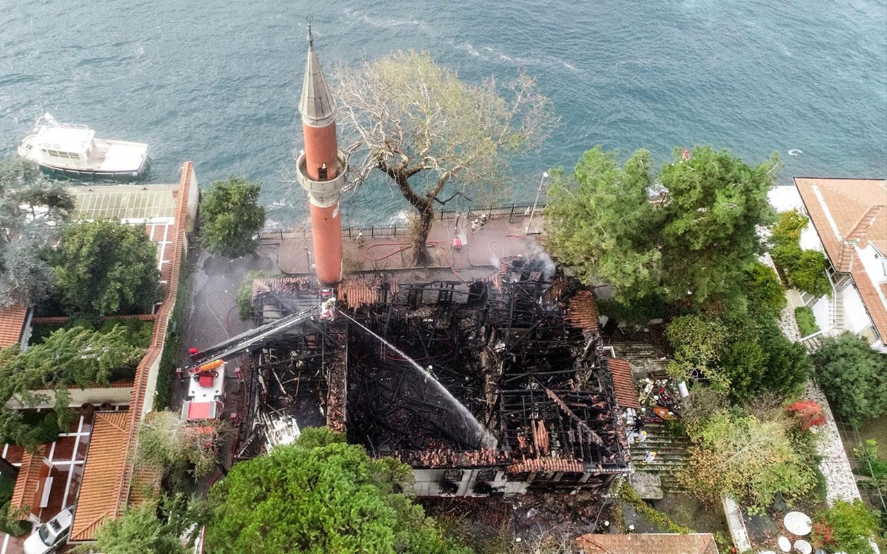 Vaniköy Camii yangınında kaybolmuştu! İmamın altınları bakın nereden çıktı