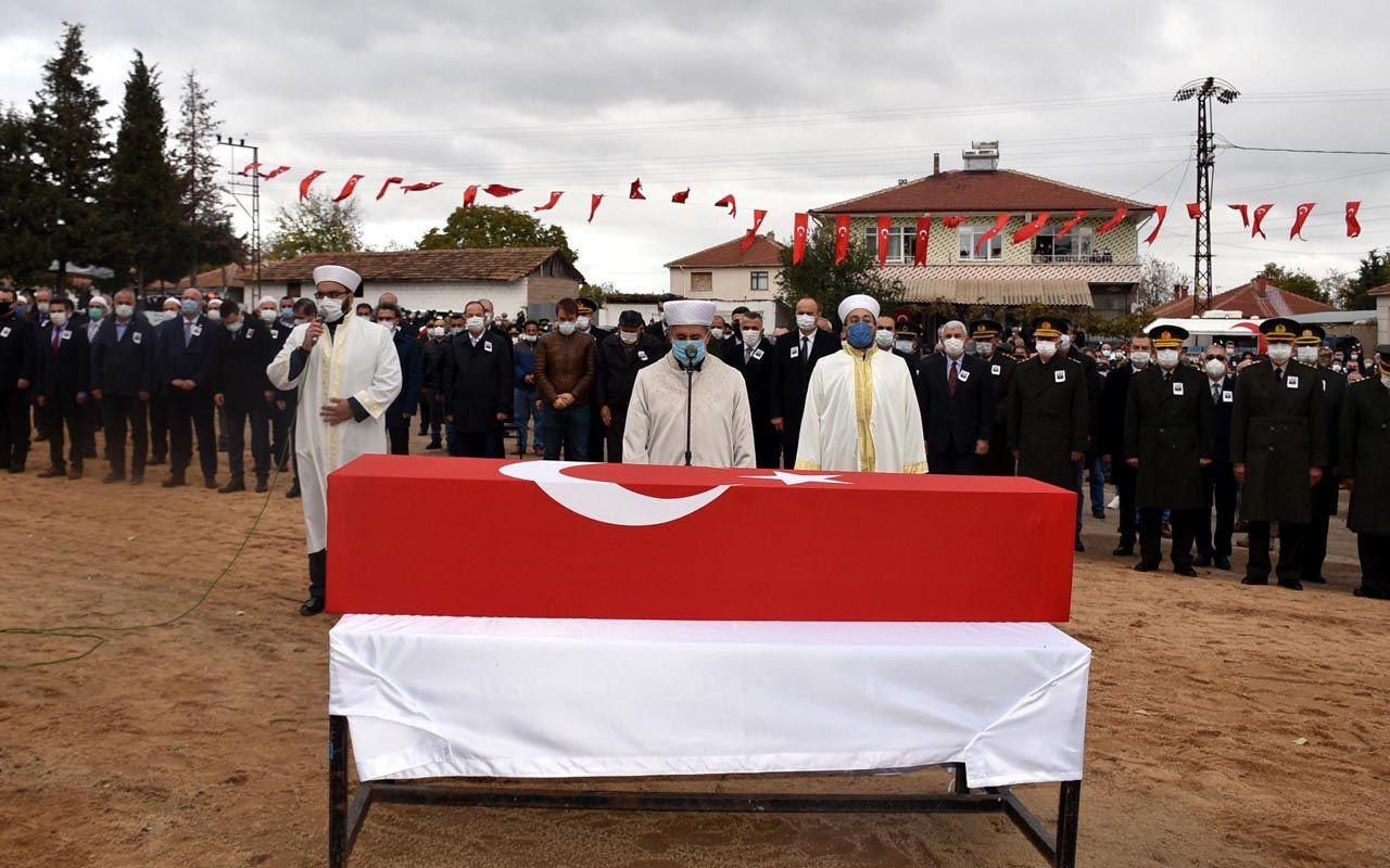 Kuzey Irak şehidi Yarbay Rasim Sayın Edirne'de gözyaşlarıyla toprağa verildi