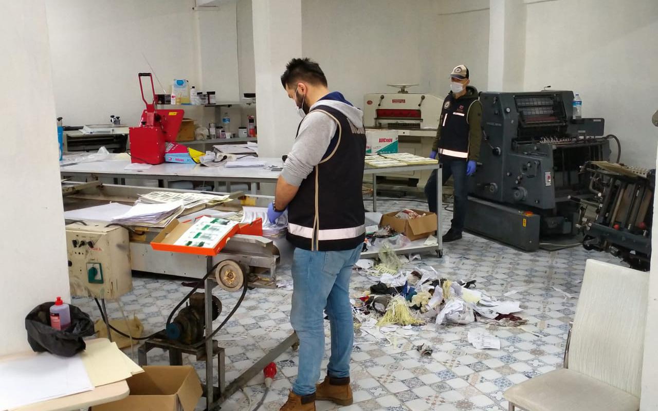 Kocaeli'de 1,5 milyon dolarlık baskın! 2 Rus, 1 Sırp ve 2 Türk gözaltında
