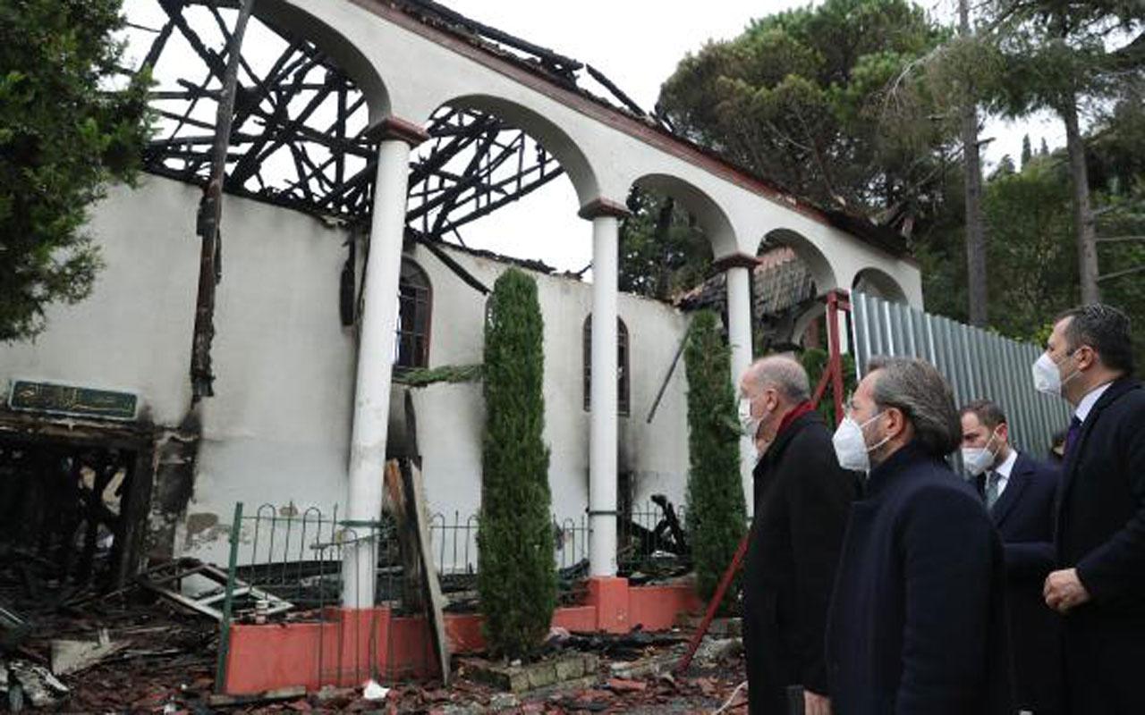 Cumhurbaşkanı Erdoğan, yanan Vaniköy Camii'ni ziyaret etti incelemelerde bulundu