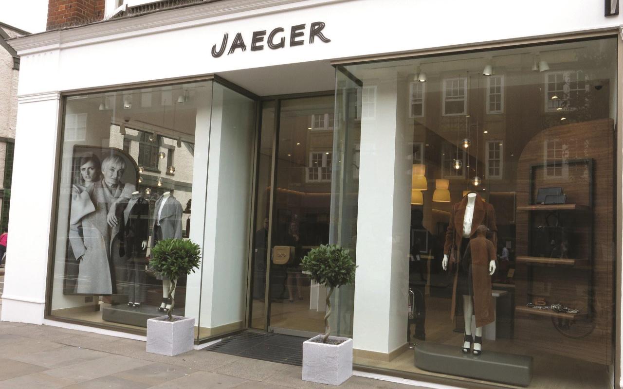 İngiliz perakende devleri Peacocks ve Jaeger iflas etti