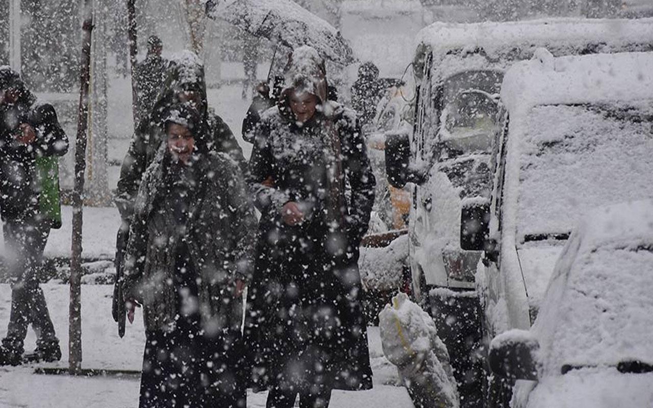 Meteoroloji illeri açıkladı! Kar yağışına dikkat sıcaklık -2'ye düştü