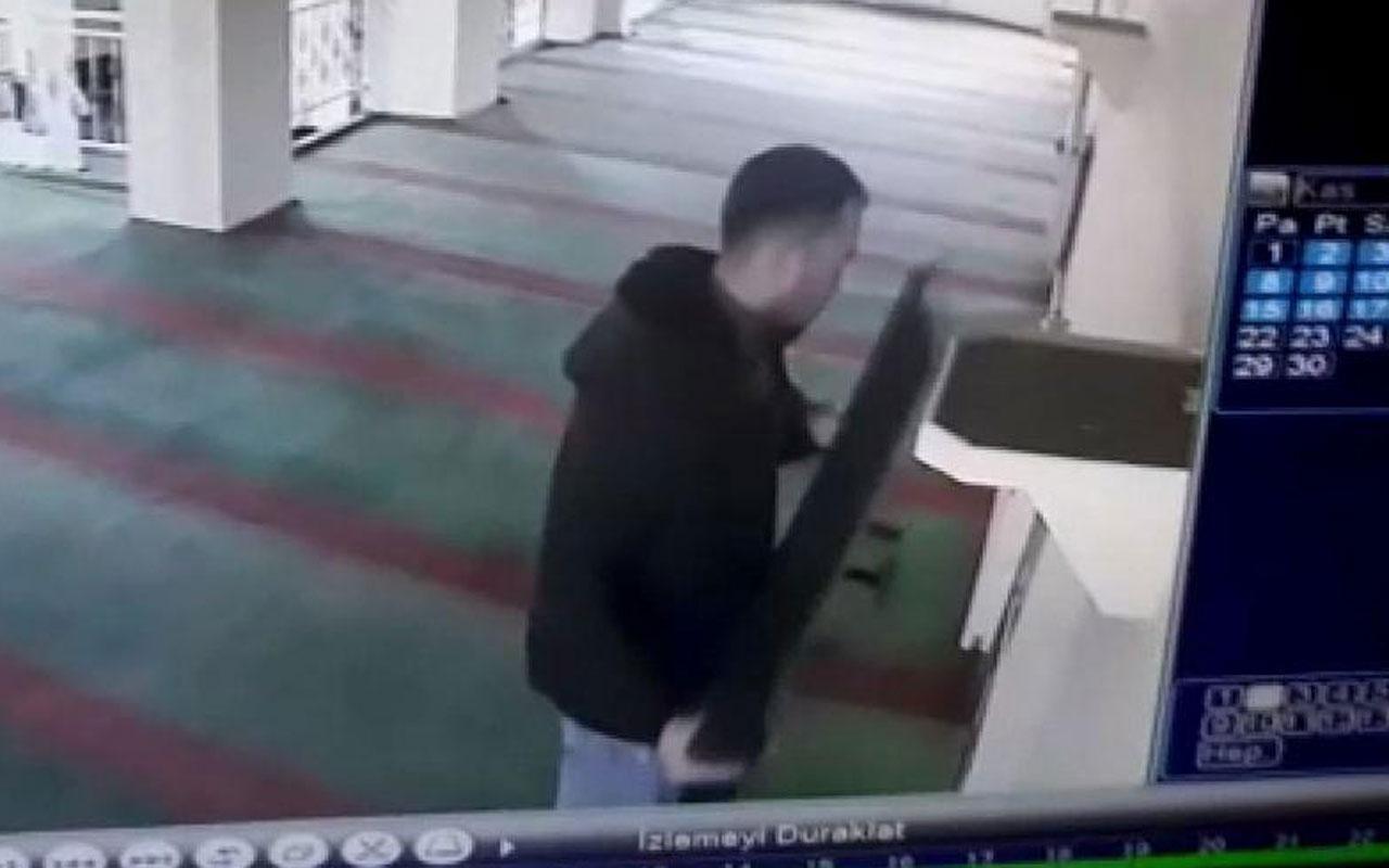 Camiden televizyon çalan hırsızın rahatlığı pes dedirtti