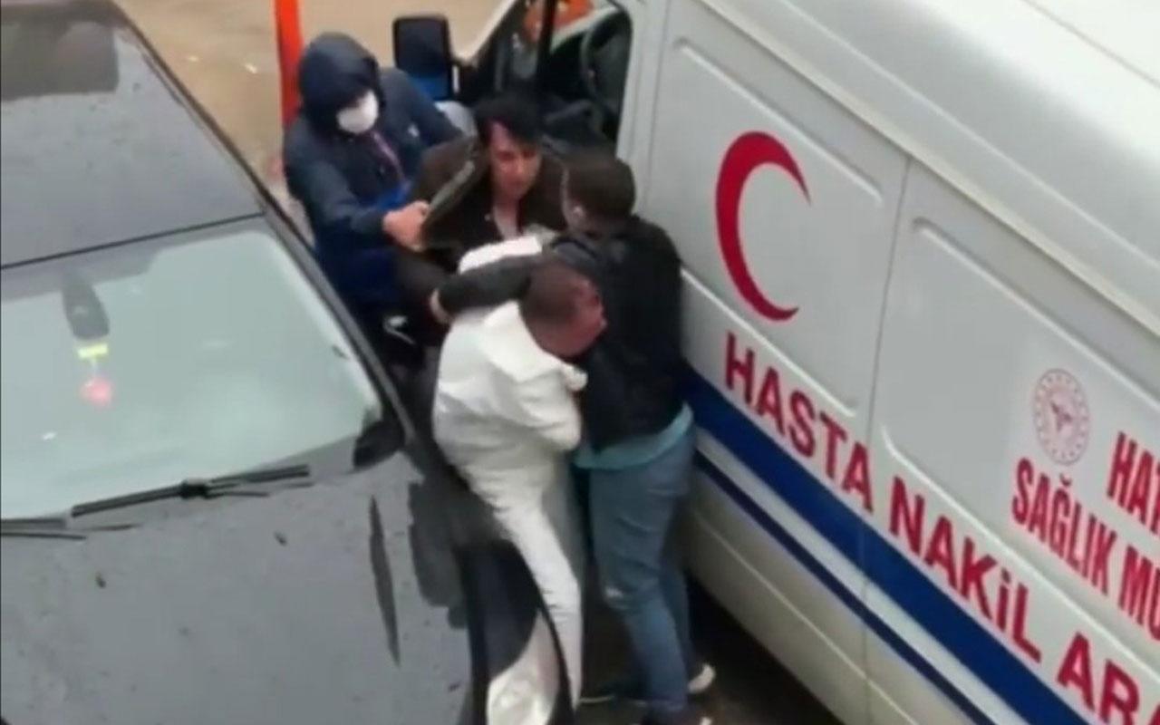 Hatay'da 'ben polisim' diyerek ambulans sürücüsünü döven kişi emlakçı çıktı