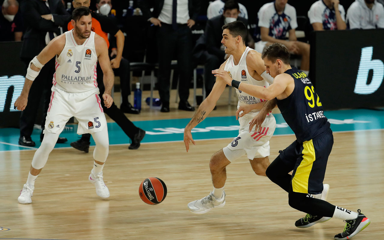 Fenerbahçe Beko deplasmanda Real Madrid'den fark yedi