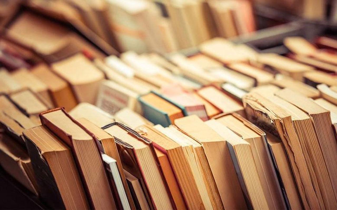 Üç kitap 'muzır' bulundu! +18 kitaplar arasına girdi
