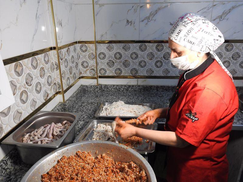 Gaziantep'te herkes 'bu işi bırak' dedi şimdi kendi dükkanını açtı