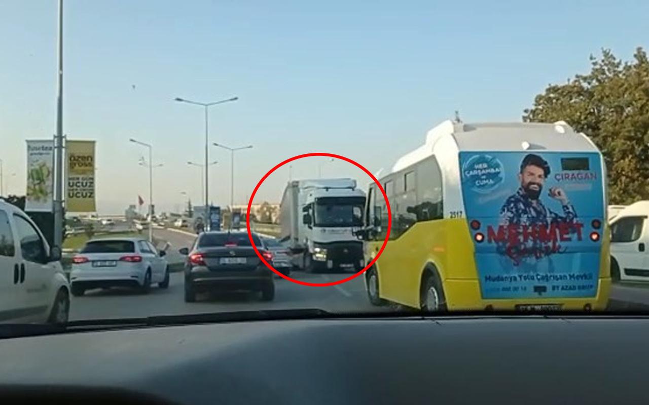 Bursa'da şaşkına çeviren görüntü! Trafiği birbirine kattı
