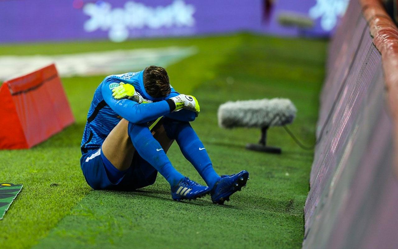 Galatasaray'a geçit vermeyen Lung gözyaşlarıyla sahayı terk etti