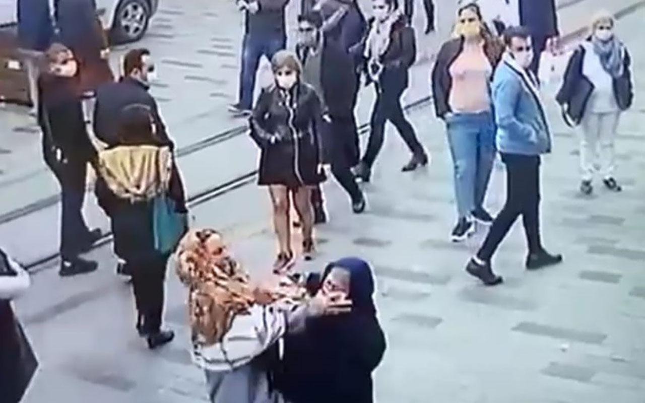 Taksim'de akılalmaz görüntüler! Dilenciler rant için kavga etti dolandırıcı boğazına jilet dayadı