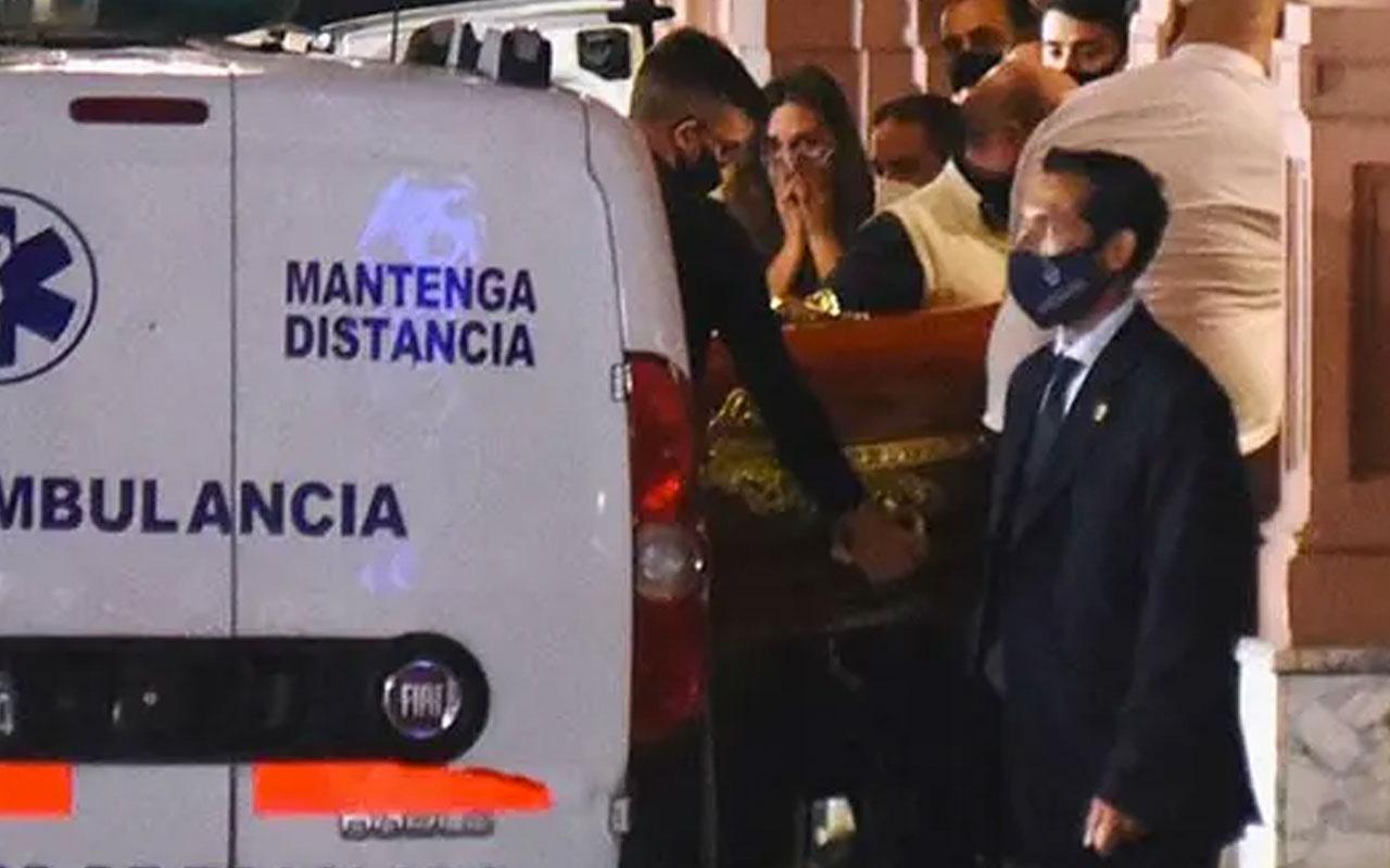 Arjantinliler Maradona'nın naaşını böyle uğurladı: Teşekkürler Diego