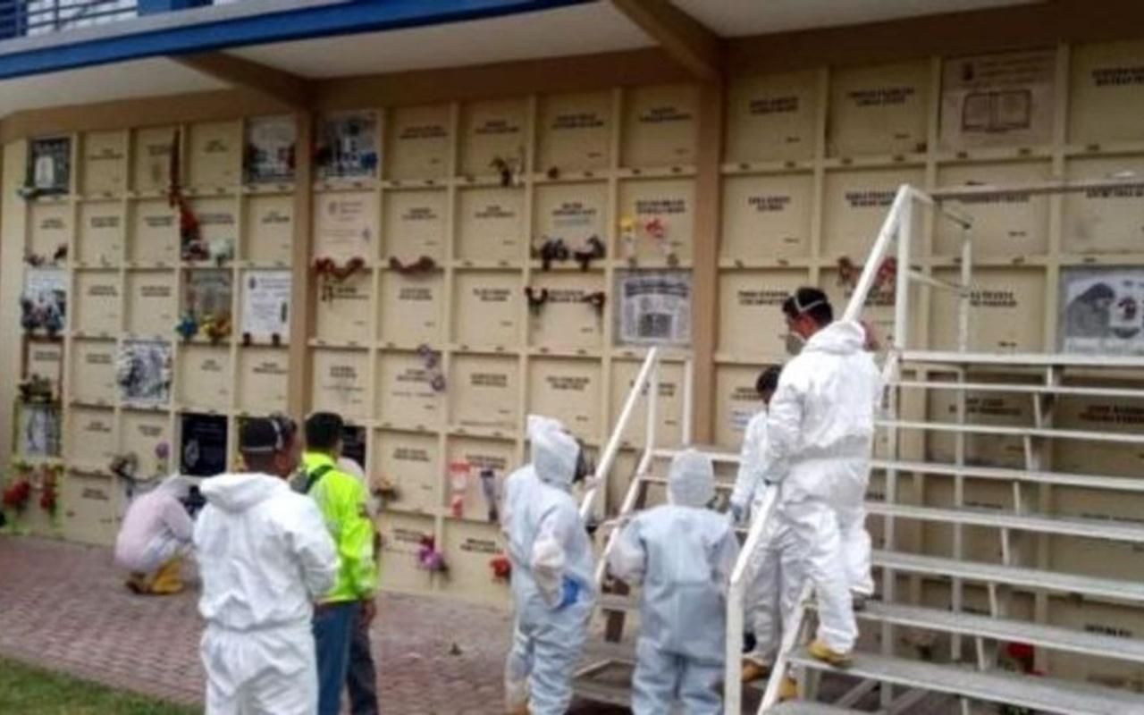 Ekvador'da salgın nedeniyle sistem çöktü! Ölüleri tek tek mezardan çıkarıyorlar