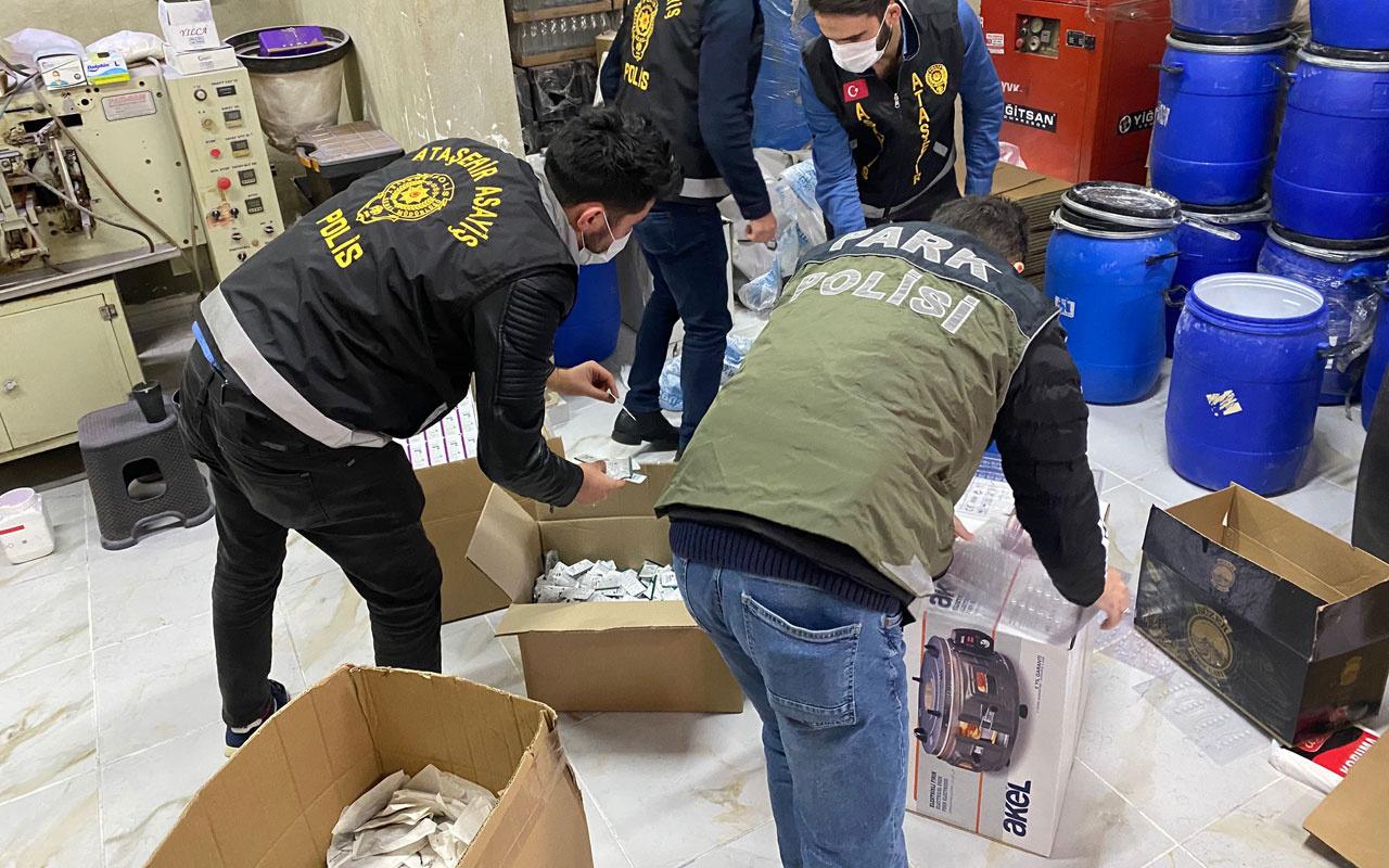 Ataşehir'de çevredekilere 'çay paketliyoruz' demişlerdi polis o depoyu bastı