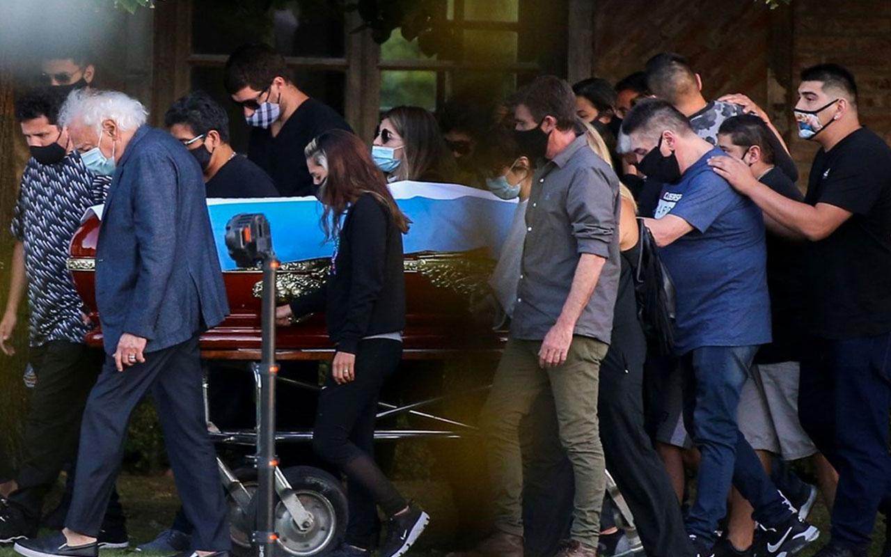 Maradona'nın cenazesinde skandal görüntü! Ülke ayağa kalktı tepkiler çığ gibi