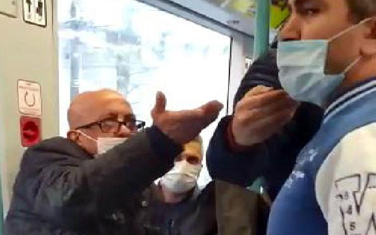 """Tramvayda gergin anlar! Maske için uyaran kişiye """"Neyin peşindesin?"""" diye bağırdı"""